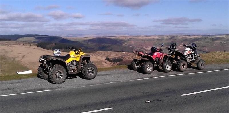Generic road quads_scenic